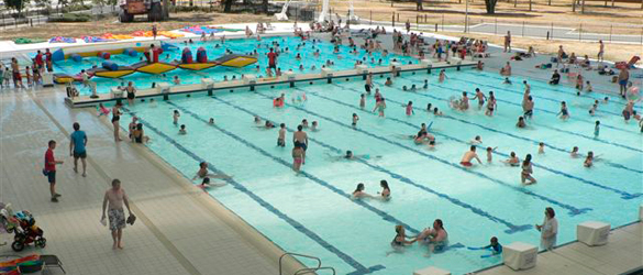 Fondo Móvil Variopool en piscina pública
